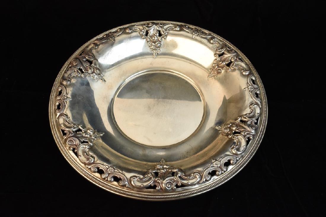 Wallace Sterling Silver Sandwich Plate, 12.35 ozt