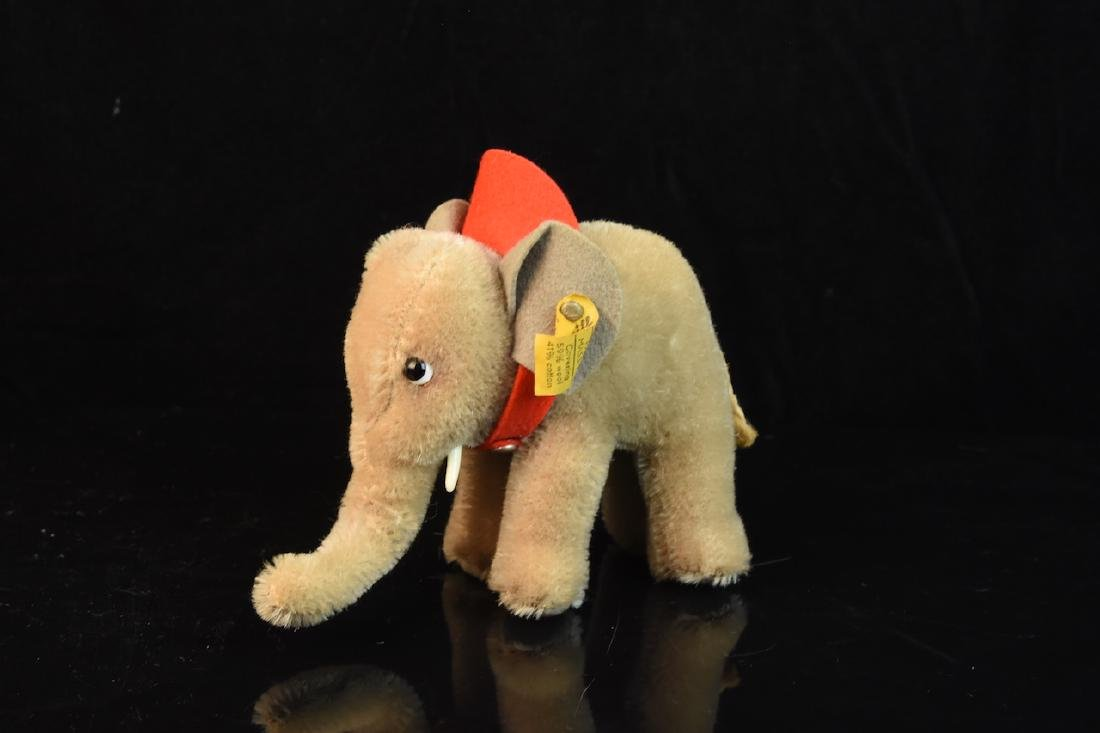 Steiff Mohair Elephant w/ Button & Tag 6310,00