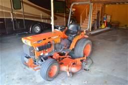 Kubota B7100 HST 4 Wheel Drive Tractor