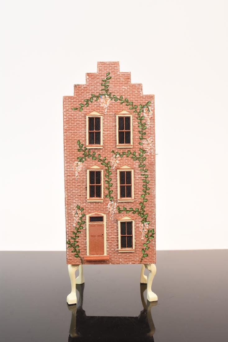 1:48 Scale Assembled & Painted Doll House