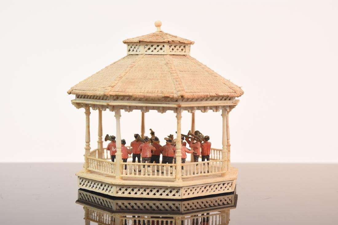1:144 Scale Gazebo & Doll House, both assembled - 10
