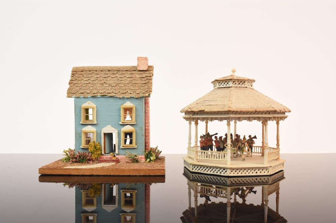 1:144 Scale Gazebo & Doll House, both assembled