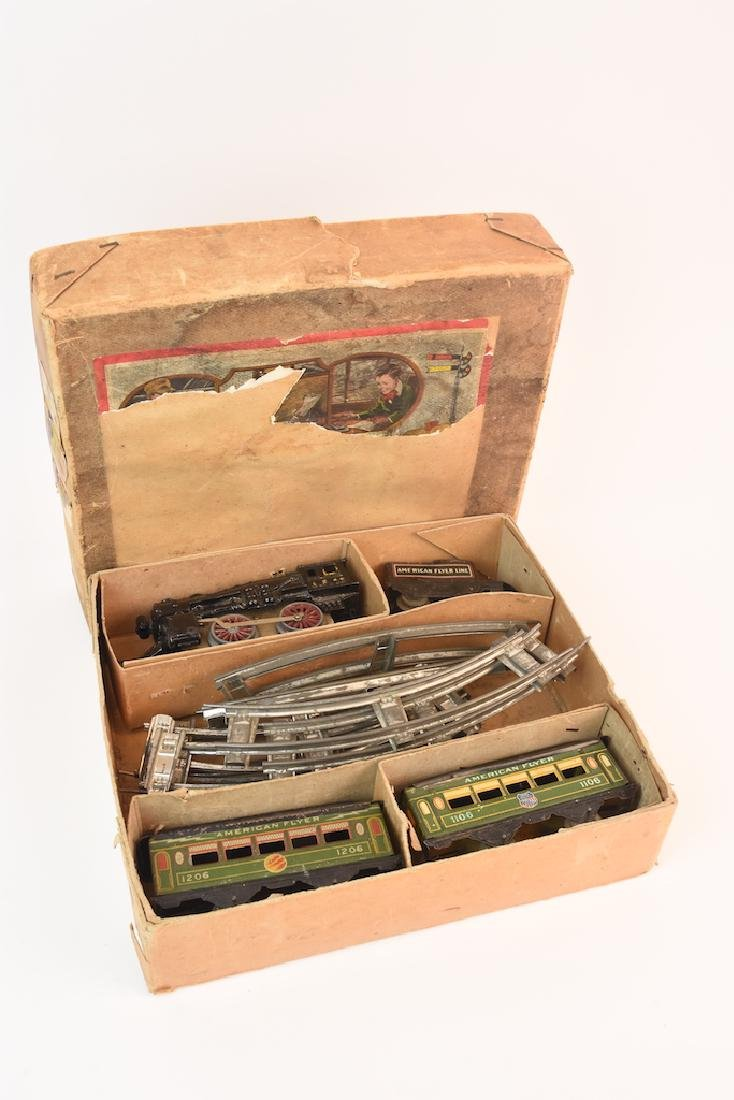 Prewar Tinplate American Flyer Wind-up Train Toy - 11
