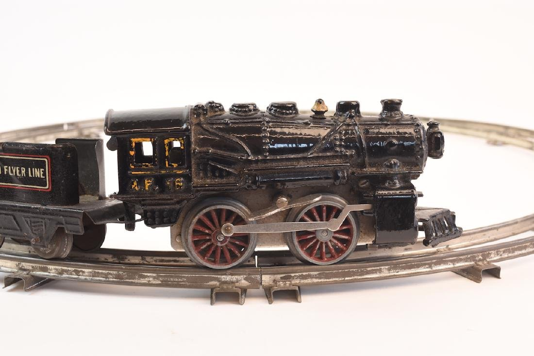 Prewar Tinplate American Flyer Wind-up Train Toy - 3