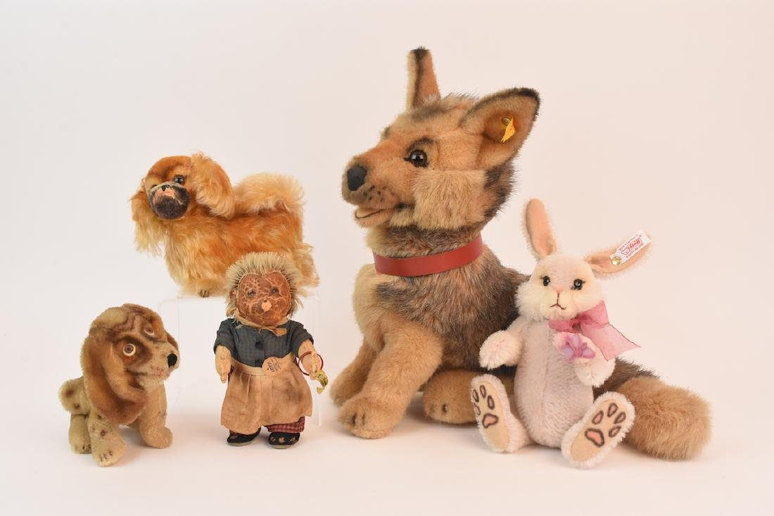 (5) Steiff Animals