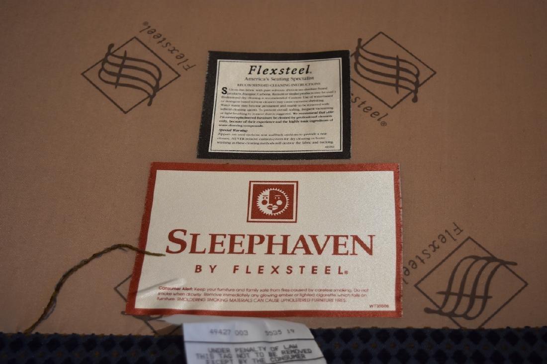 LIKE NEW Flexsteel Sleephaven 5-Section Sectional - 5
