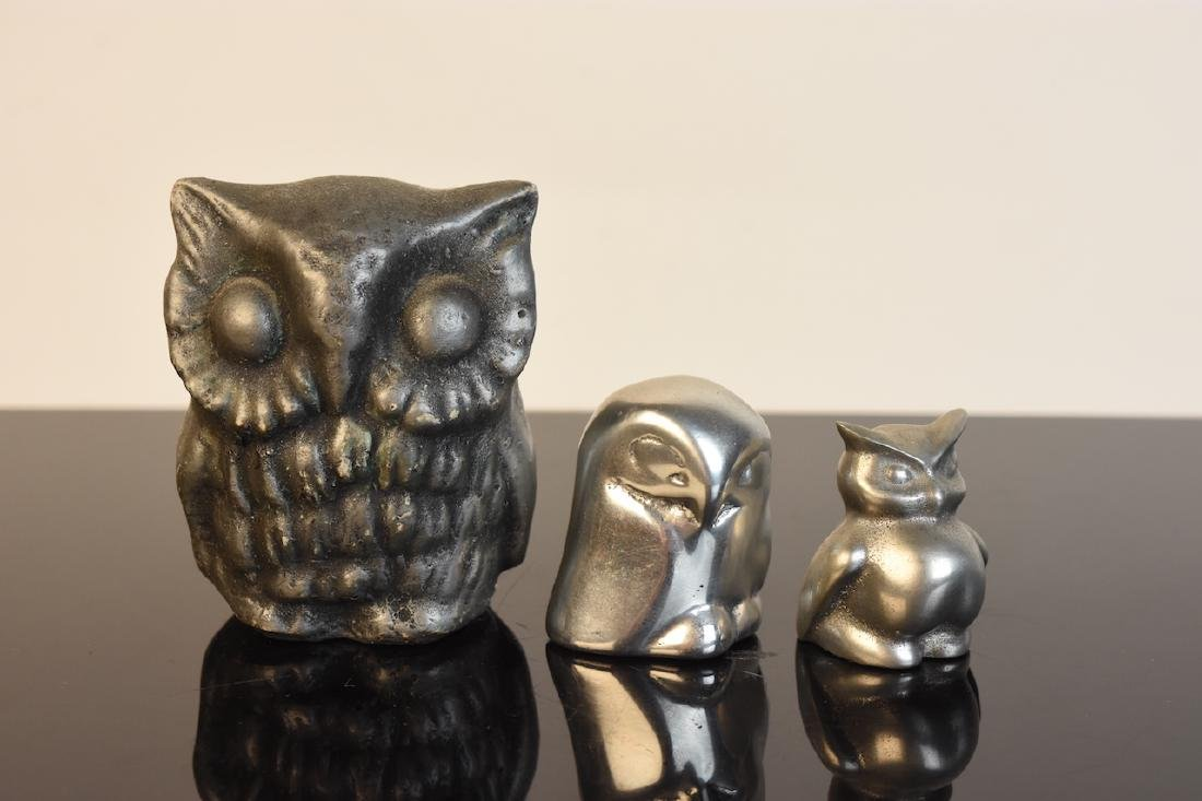 Collection of Owl Figurines & Paperweights - 7