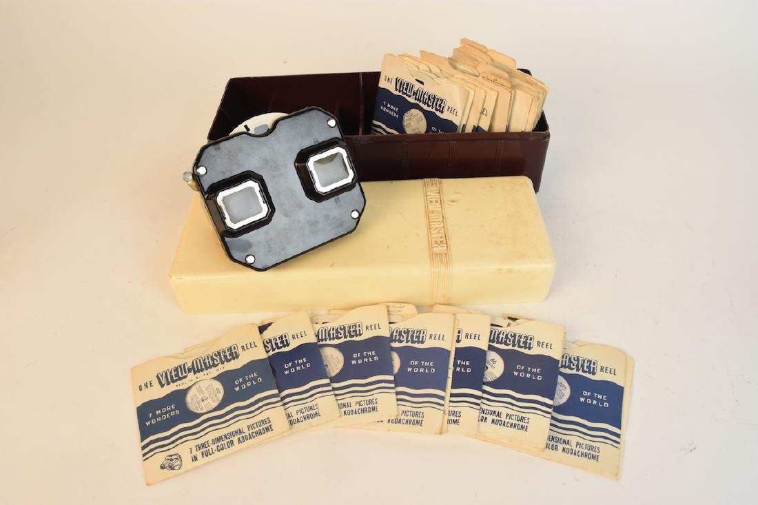 Vintage Sawyer's View Master With Reels