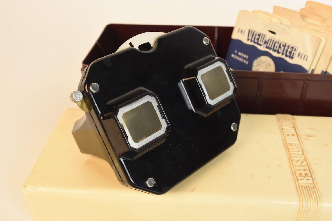 Vintage Sawyer's View Master With Reels - 2