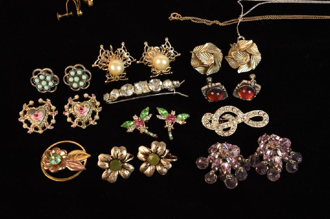 Costume Jewelry, Several Designer Signed Pieces - 4