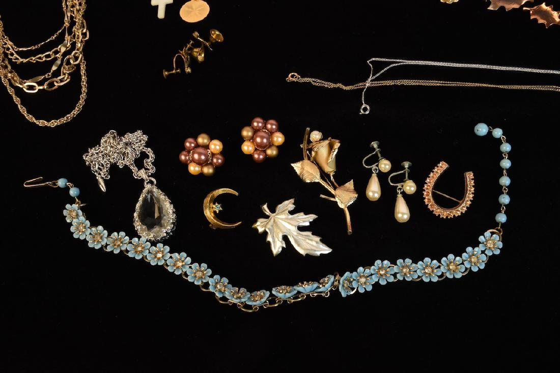 Costume Jewelry, Several Designer Signed Pieces - 8