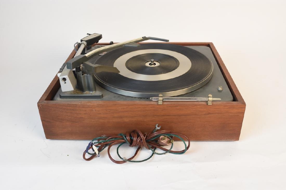 Vintage Garrard AT 60 Turntable - 8