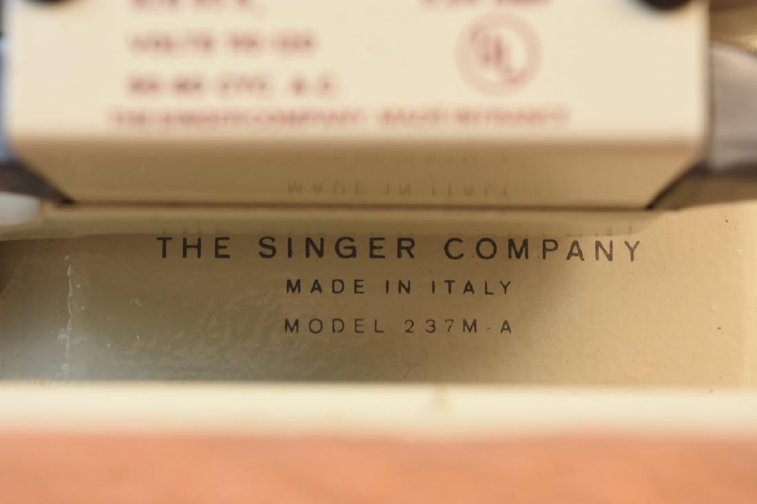 Singer Model 237 Zig-Zag Sewing Machine - 7