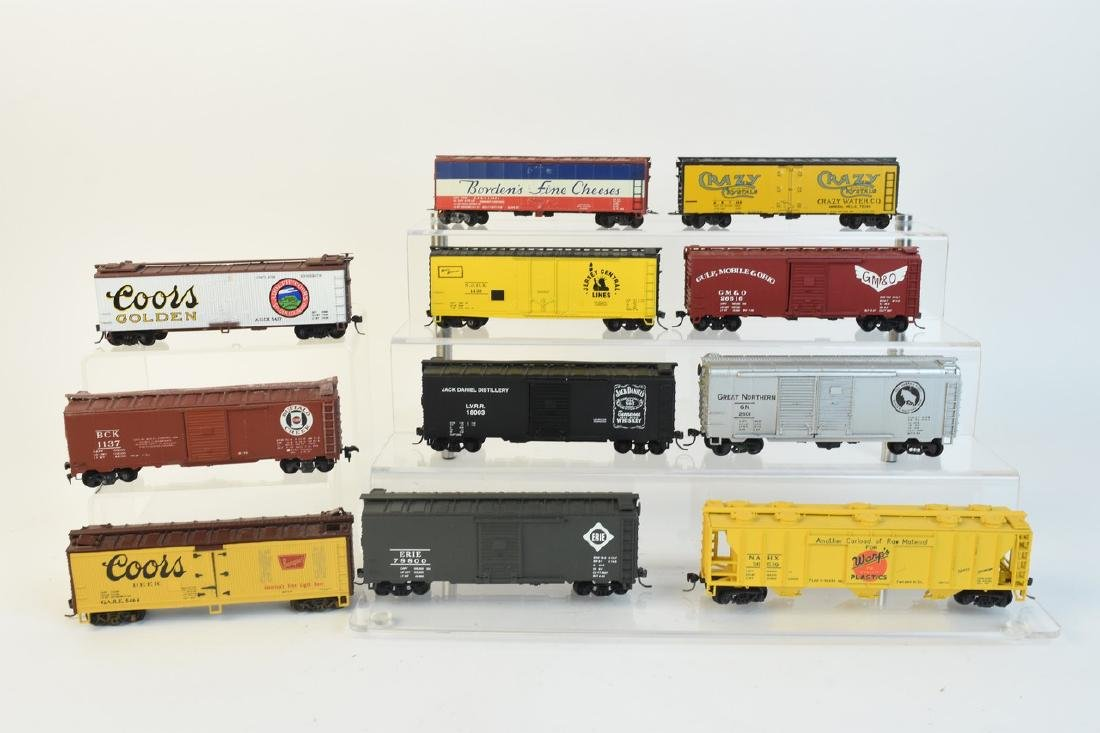 (11) HO Scale Model Freight Cars