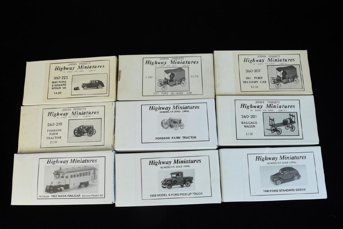 (25+) HO Scale Miniature Car Unassembled Models - 6