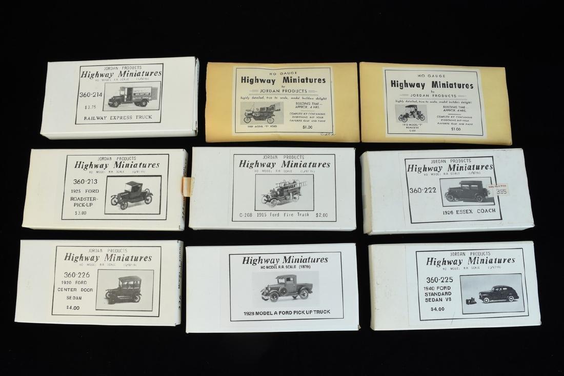 (25+) HO Scale Miniature Car Unassembled Models - 7