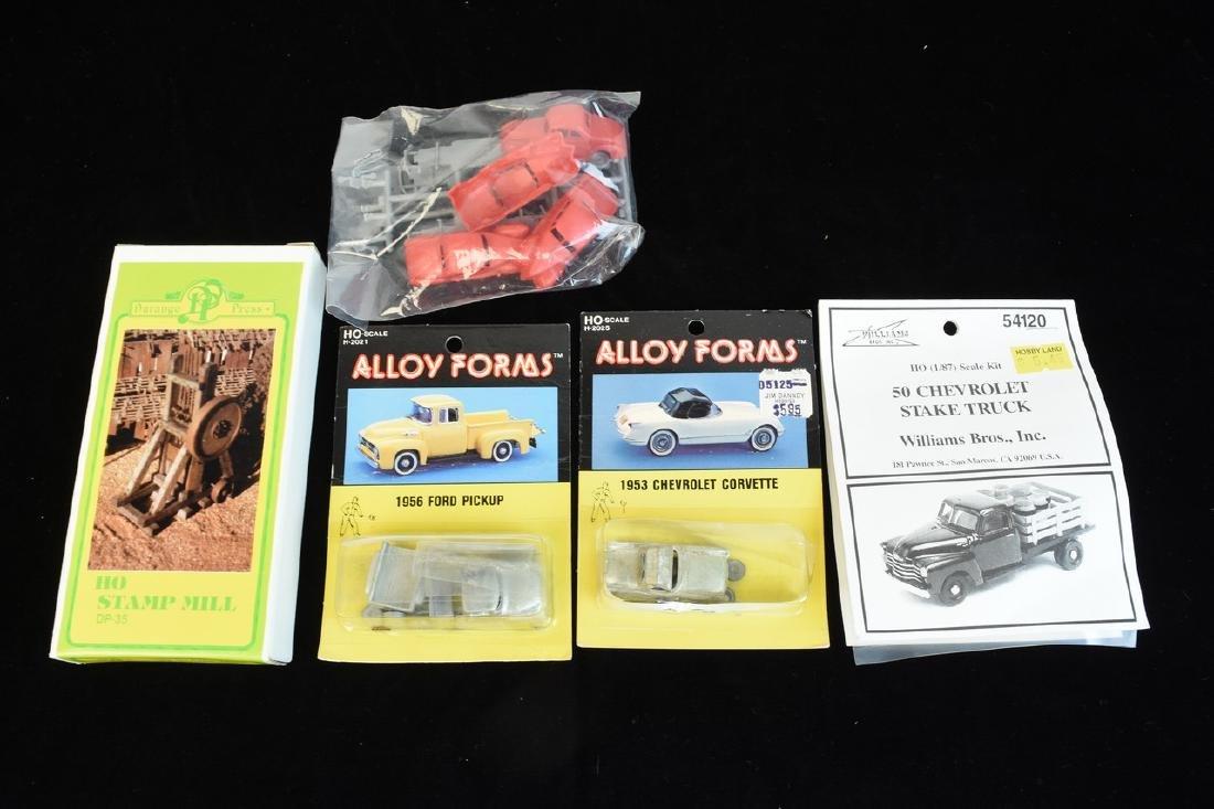(25+) HO Scale Miniature Car Unassembled Models - 8