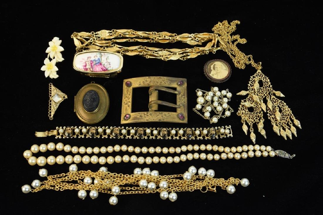 Costume Jewelry; Trifari, Lisner, Monet + - 6