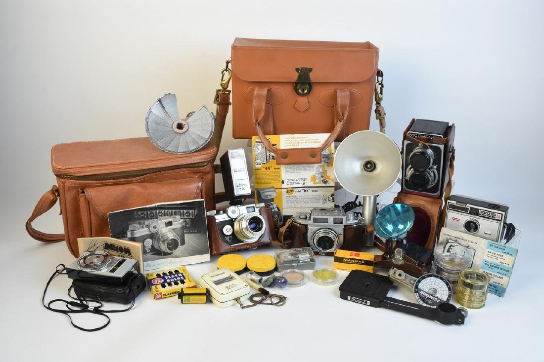 Variety of Vintage Photography Cameras & Accessories