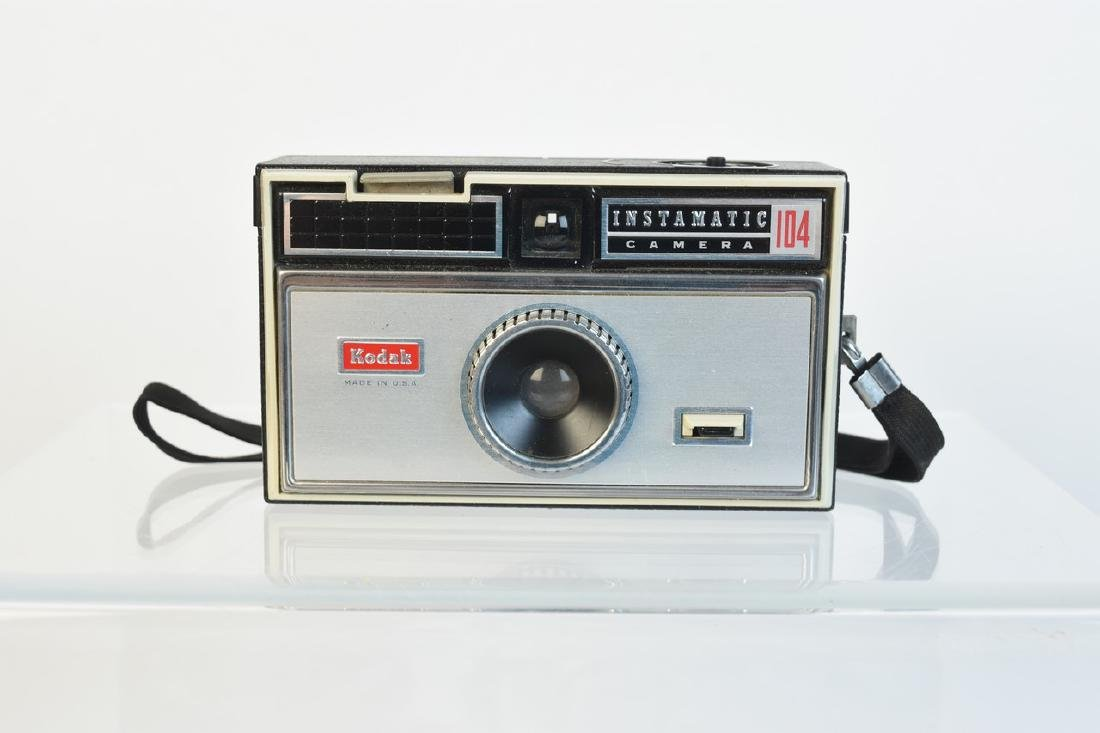 Variety of Vintage Photography Cameras & Accessories - 6
