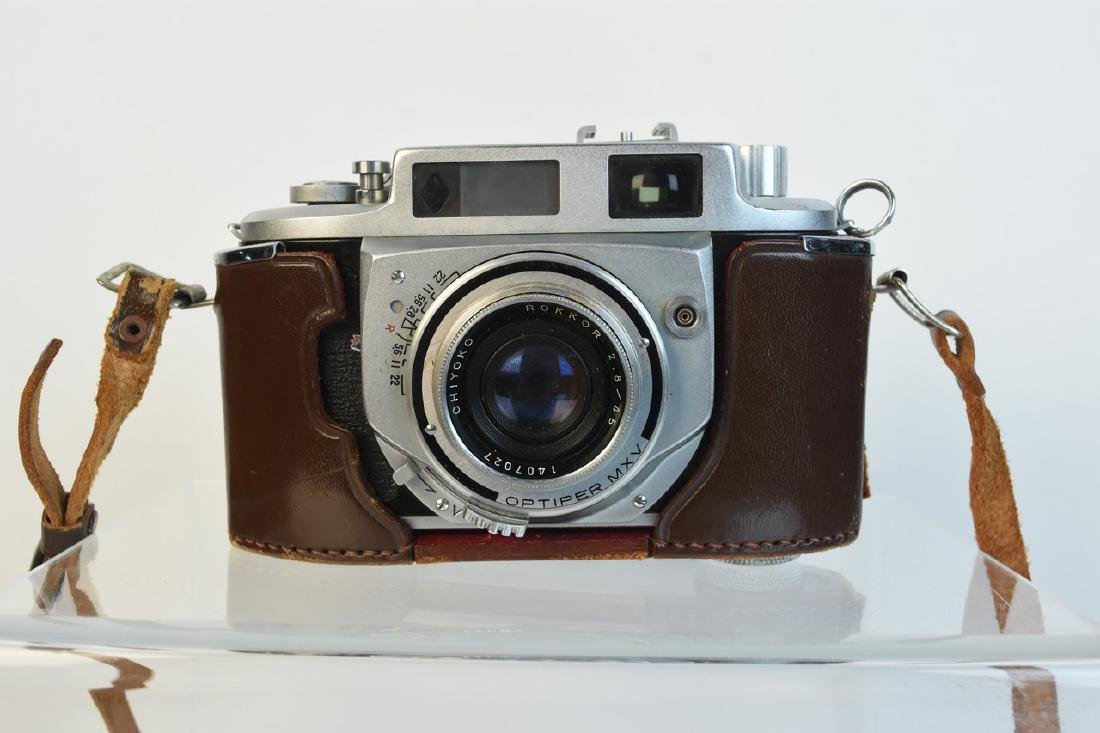 Variety of Vintage Photography Cameras & Accessories - 8