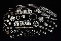 Costume Jewelry & Watches; Lisner, Seiko +