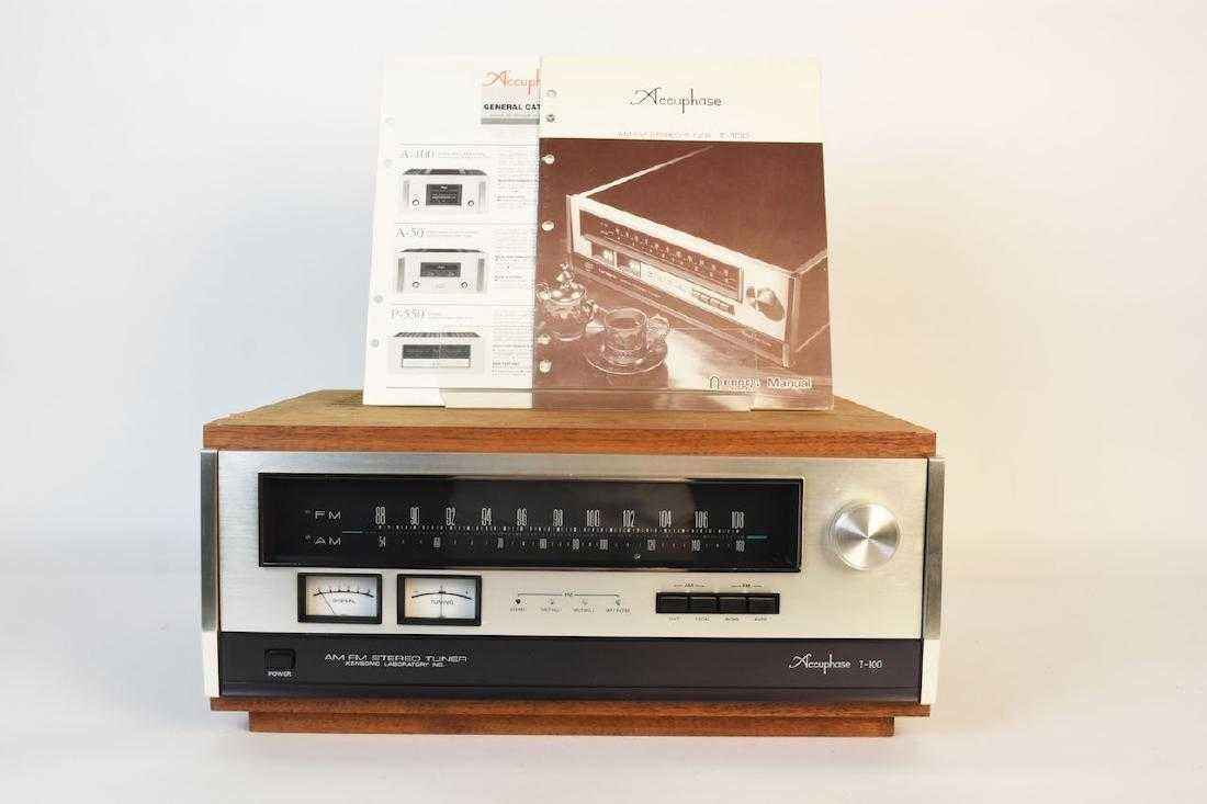 TEAC Accuphase T-100 AM/FM Stereo Tuner