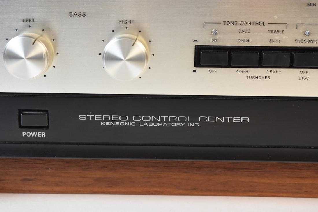 TEAC Accuphase C-200 Stereo Control Center - 2