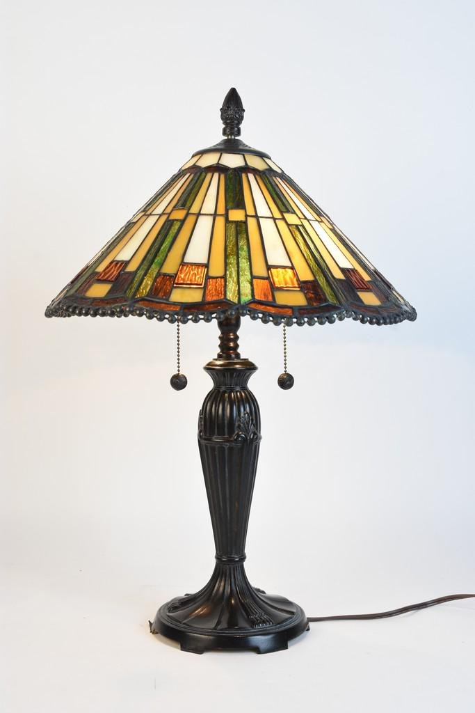Arts & Crafts Style Table Lamp