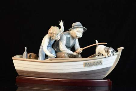"Lladró Figurine ""Fishing with Grandpa"""