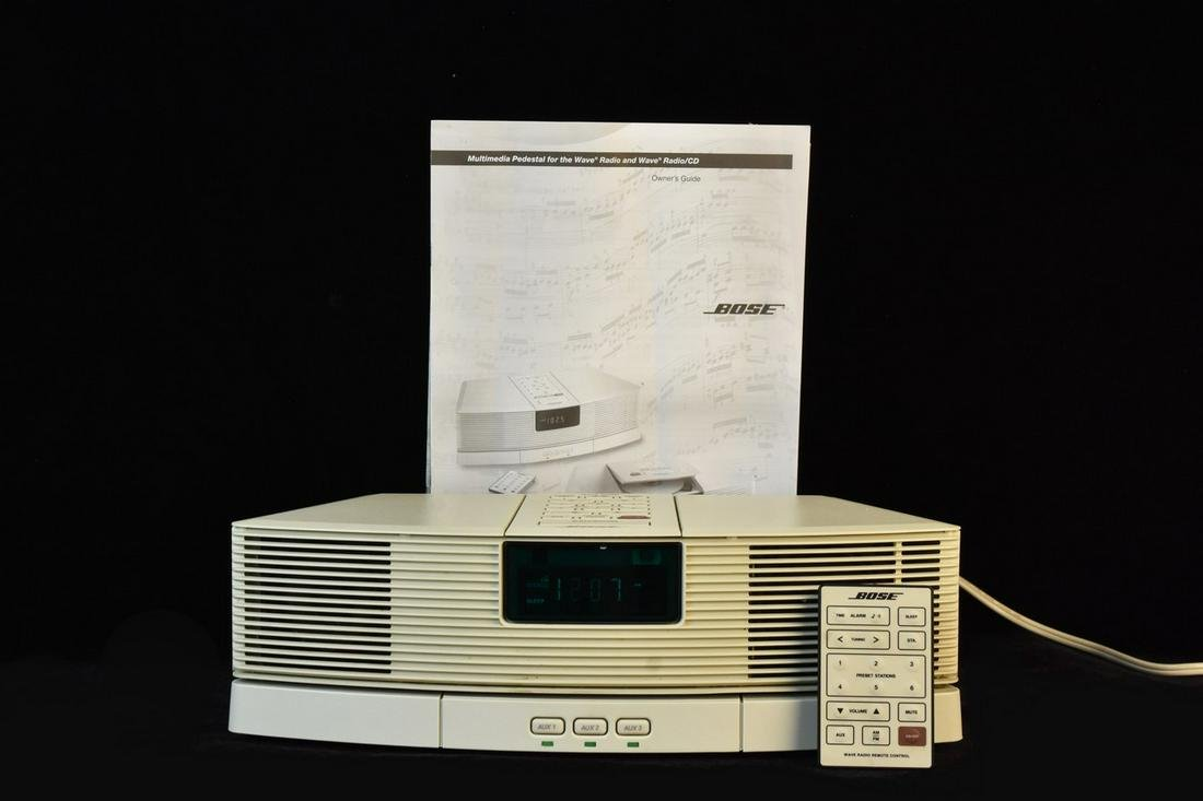Bose Wave Radio Model AWR1-1W w/ Remote & AUX