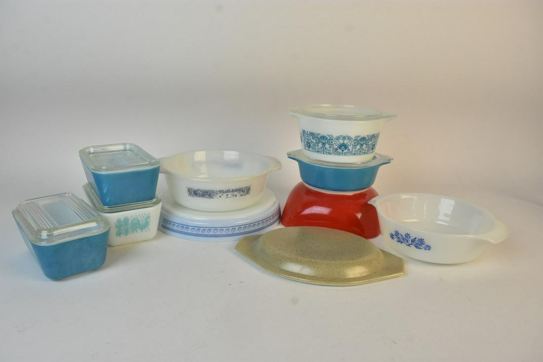 Assorted Vintage Pyrex Refrigerator & Fire King Dishes