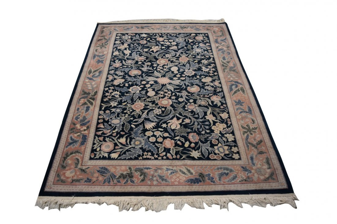9' x 6' Hand-Knotted Persian Nain Area Rug