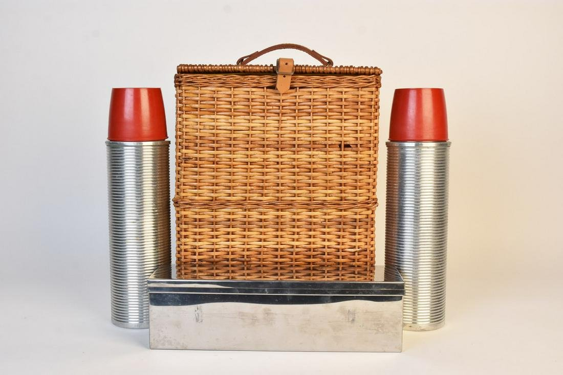 Abercrombie & Fitch Wicker Picnic Thermos Set
