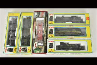 (6) Atlas HO Scale Train Cars/Engines