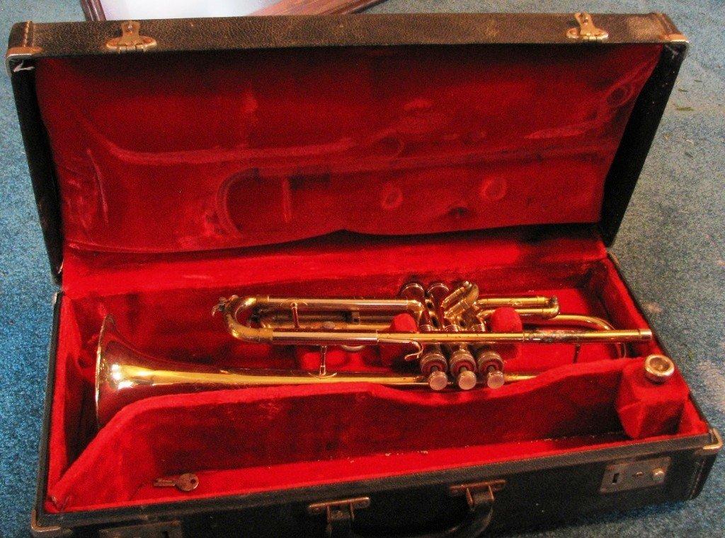 17: Conn Trumpet in Case