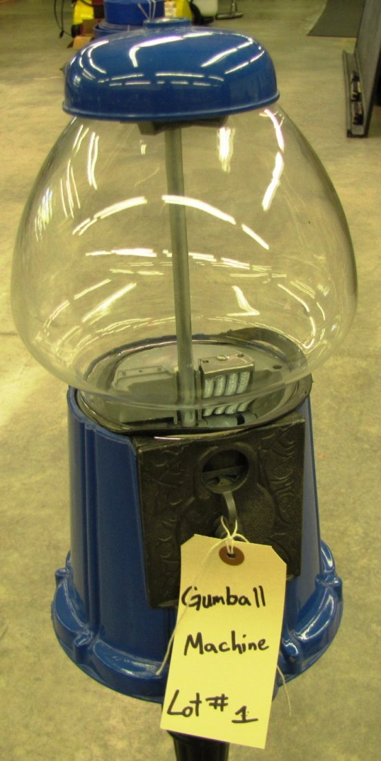 1: Gumball Machine on pedestal - 2