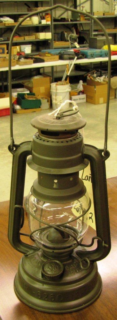 2: Feuer Hand oil lantern