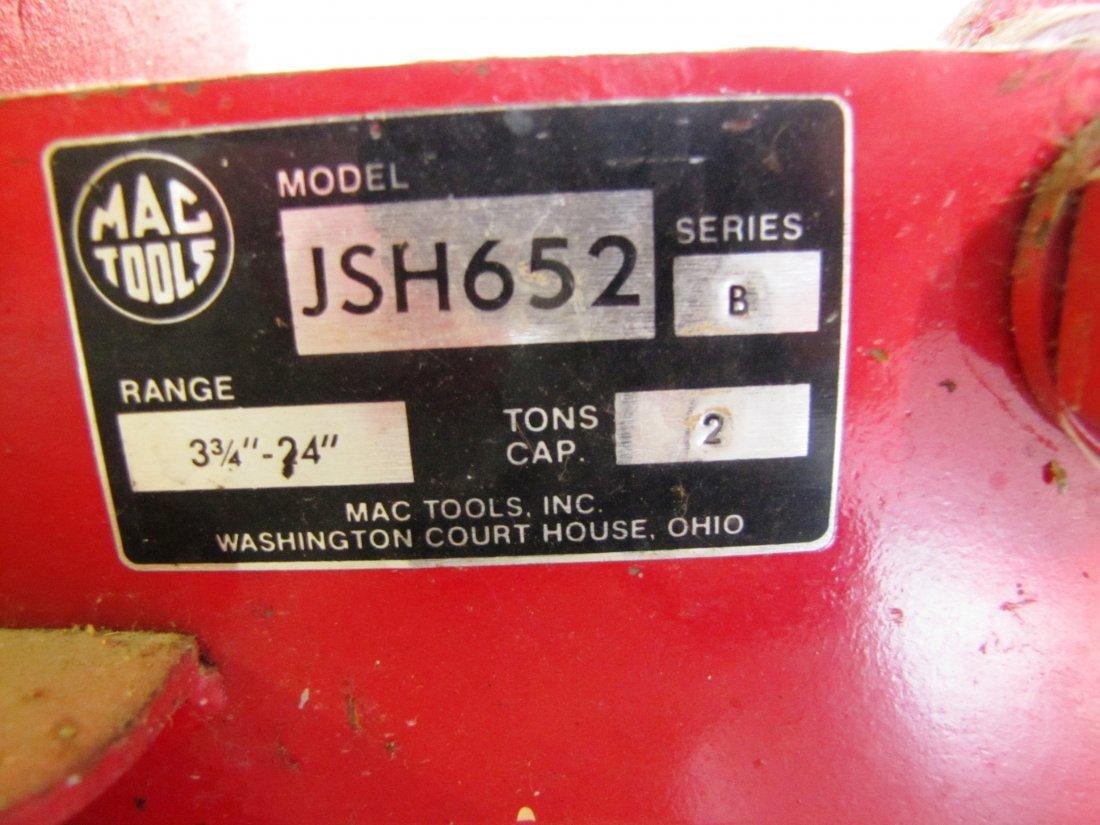 44A: 2 ton capacity Mac Tools floor jack - 5