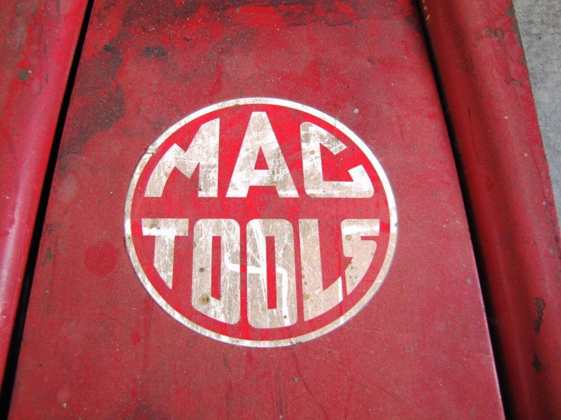 44A: 2 ton capacity Mac Tools floor jack - 7