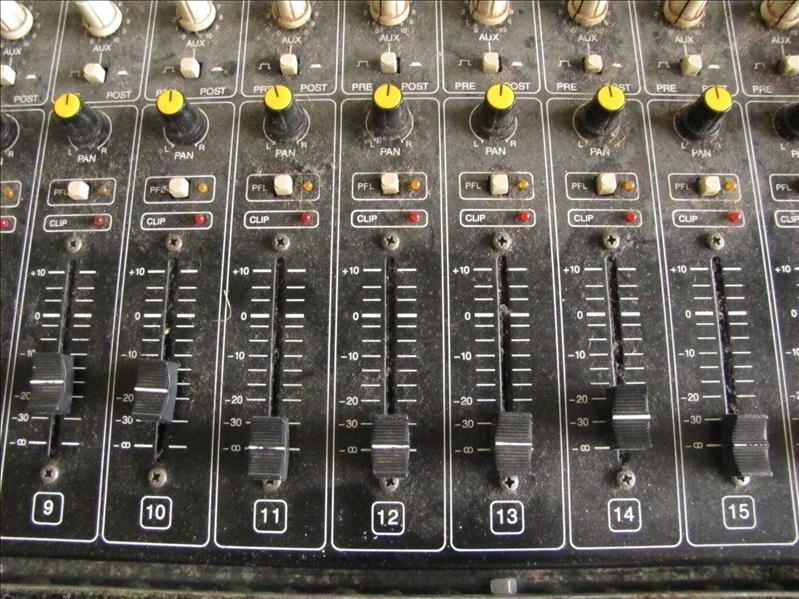 74: EV BK-1632 Stereo mixer board - 5