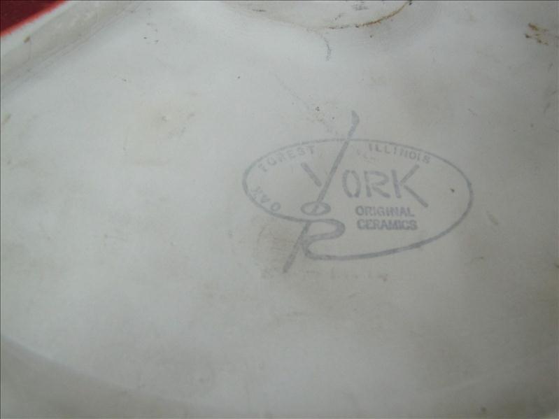 410: UHAUL Advertising Ashtray - 2