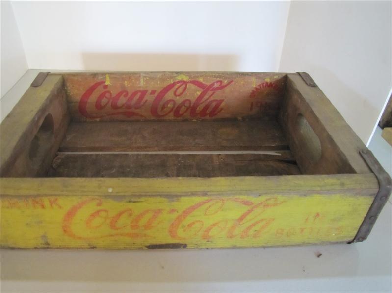 512: 1964 Wooden Yellow Coke Crate - 5