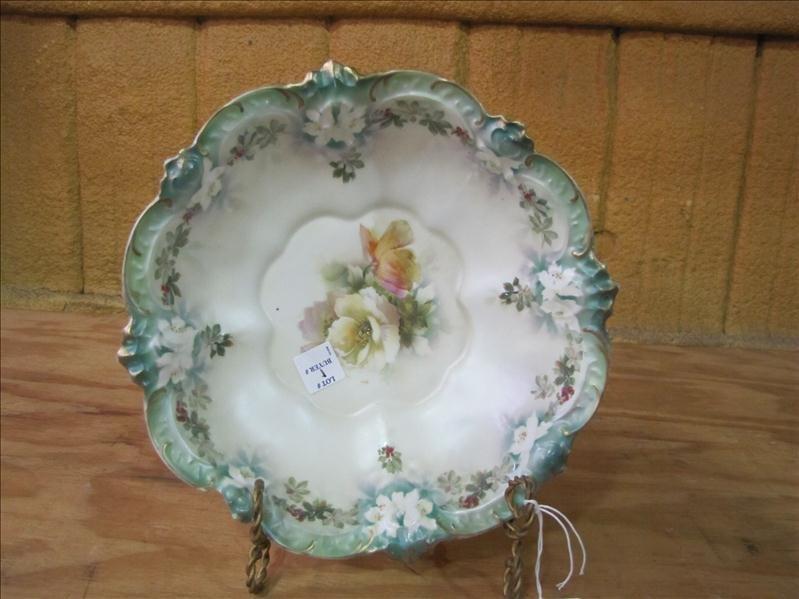17: Red Star Prussia decorative bowl