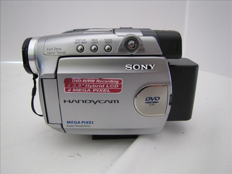 91: Sony DVD Mega Pixel Handy Cam Video Camera