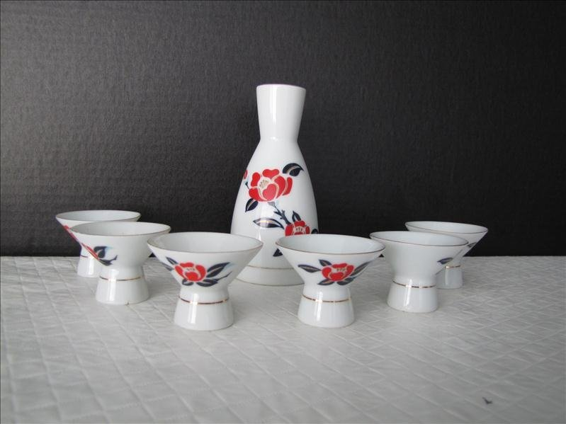 4: Tajimi China Ozeki Sake Set
