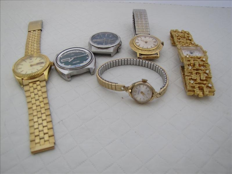 16: Assorted Watches
