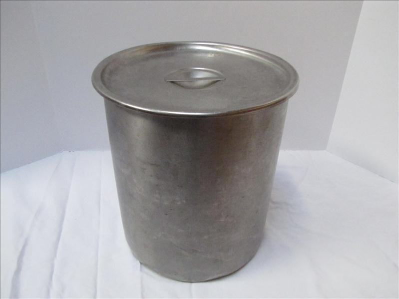 4: Large Vollrath Stainless Steel Stockpot