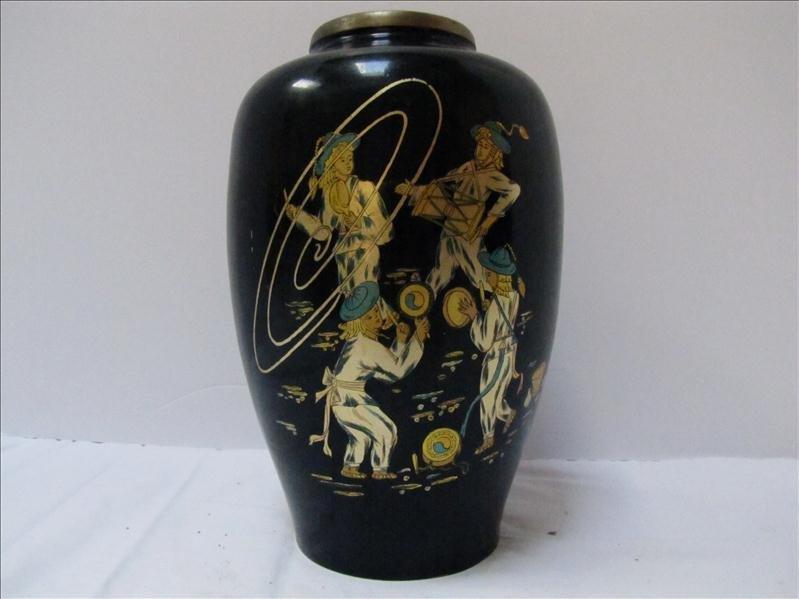 21: Korean Vase With Parade & Band Motif