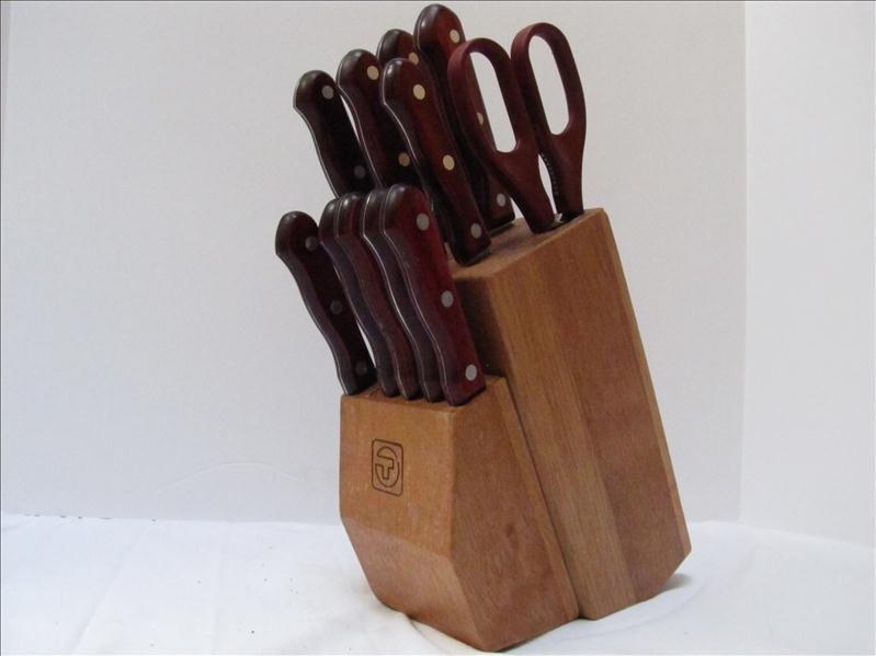 22: Tramontina Brazilian Knife Set